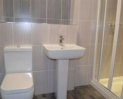 hipperholme-apartment-bathroom